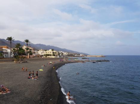 El verano deja en Cuevas un 15% más de turistas