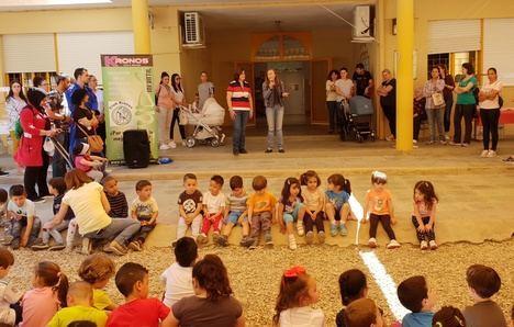 La Escuela Infantil 'Maestro Padilla' protagonista en el #DiaInternacionaldelaFamilia