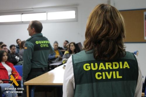 Detenido por la Guardia Civil en Almería por corrupción de menores a través de internet