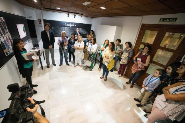 """El Castillo de Santa Ana muestra libros ilustrados """"que abren mundos"""""""