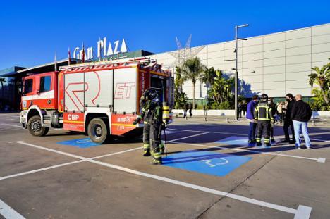 Simulacro de evacuación en el Centro Comercial Gran Plaza