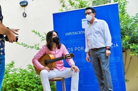 Diputación lleva a 'José del Tomate' a cuatro municipios en homenaje a Enrique Morente