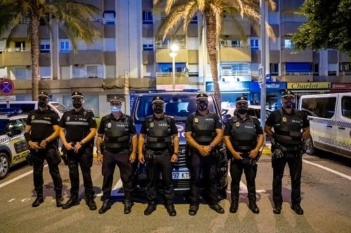 El Ayuntamiento de Roquetas especializa a un grupo de sus policías en #COVID19