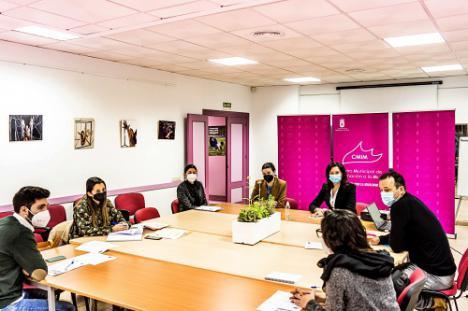 CIM y ERACIS unen esfuerzos en materia de igualdad en Roquetas