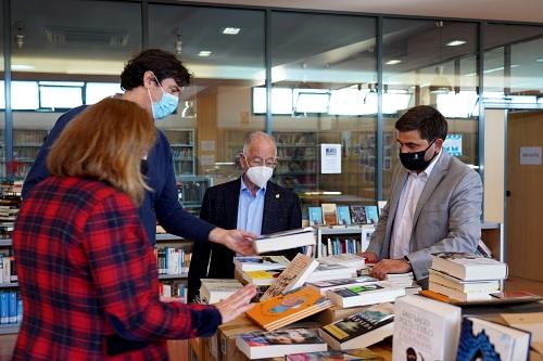 Las Bibliotecas de Roquetas de Mar incorporan 40.000 nuevos títulos