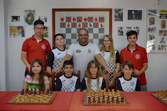 El club de ajedrez Roquetas parte al campeonato de España con grandes expectativas.