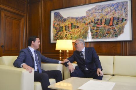 Primer encuentro institucional entre el nuevo presidente de la Autoridad Portuaria y el de la Diputación