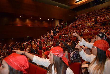 Un Millar De Escolares En El Concierto 'Ayudemos A Un Niño, En El Auditorio De Vícar