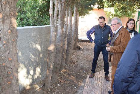 Obras De Mejora En La Plaza De San Cirilo De El Parador De Vícar