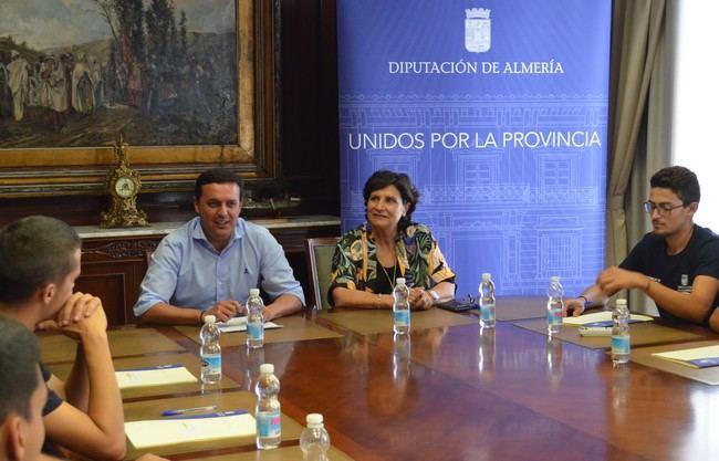 Diputación impulsa la inserción laboral de jóvenes con el 'Vivero Provincial'