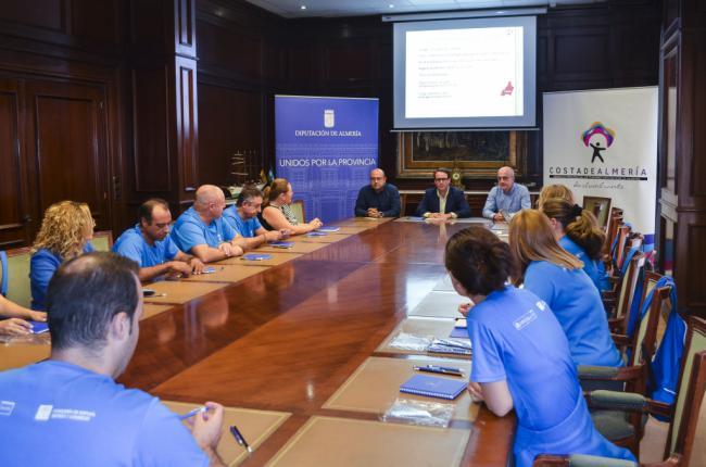 Alumnos del Taller de Empleo Turístico de Abrucena analizan 'Costa de Almería'