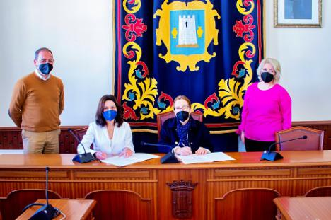 """Níjar se convierte en el primer municipio de Almería de la Red """"Espacios libre de humo"""""""