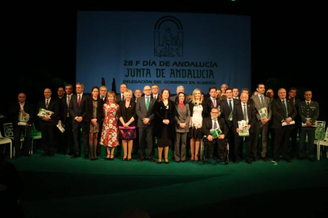 Crespo y Bosquet presiden los actos del 28F en Almería