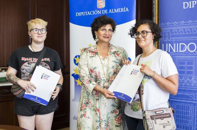 Dos nuevas voluntarias viajan a Polonia con Iniciativas Europeas de Diputación