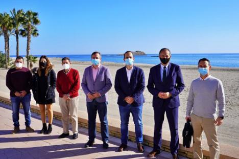 La Junta invierte casi un millón de euros en mejorar las playas de Almería