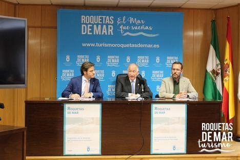 El Ayuntamiento de Roquetas prepara un plan estratégico para el comercio local