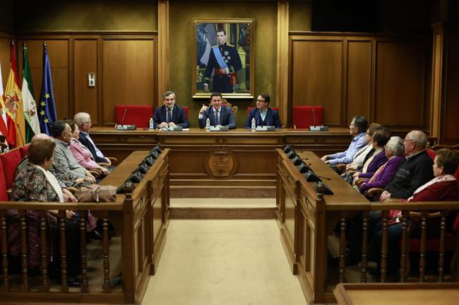 Un millar de mayores de la provincia se suman aI Programa de Turismo 'Disfruta Almería'