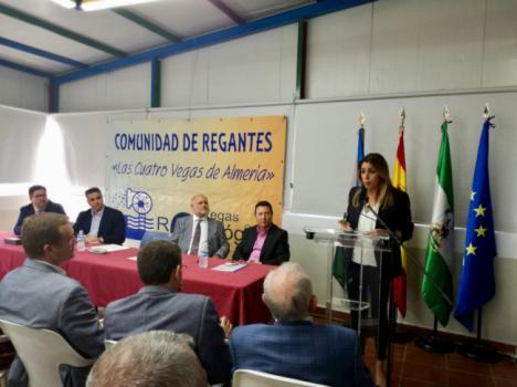 Susana Díaz entrega a regantes almerienses concesiones de 12,89 hectómetros cúbicos