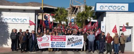 Los operarios de Endesa en Almería mantienen su huelga