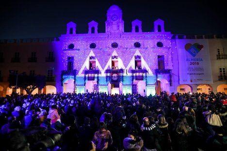 Impresionante Cabalgata de Reyes Magos en Almería
