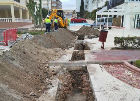 CODEUR renueva el colector de saneamiento de la Avenida Mar y Cielo