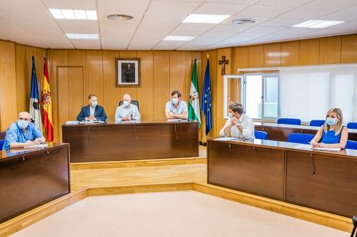 El Consejo Escolar de Roquetas prepara la vuelta al cole el delegado de Educación