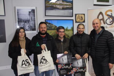 Abla inaugura una exposición de los concursos de ArteSOSlidario