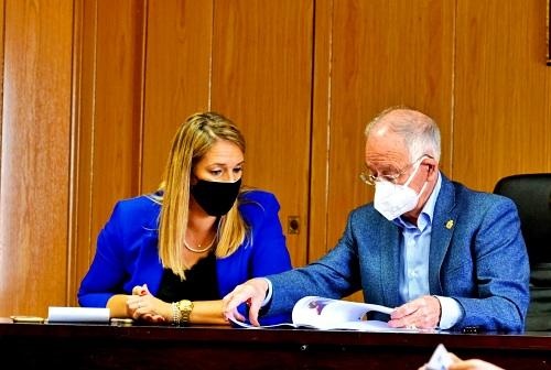 Roquetas y la Junta crean la comisión de seguimiento para el Hospital