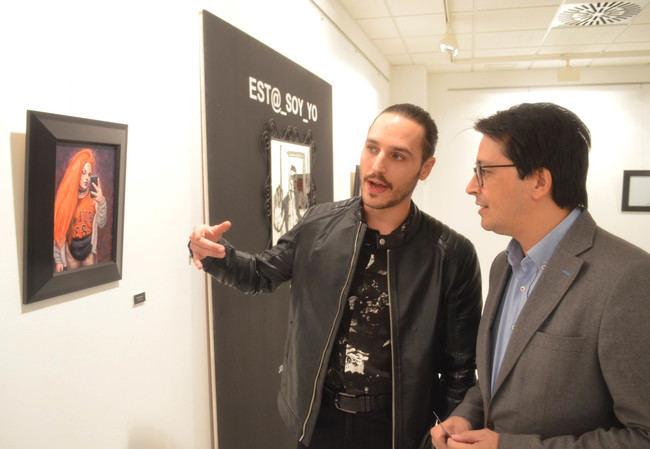 Alfareros exhibe la pintura de Joaquín Berenguel en la serie 'EST@_SOY_YO'