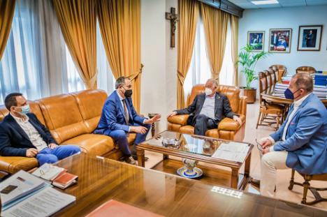 Roquetas de Mar estará en el Plan Turístico de Grandes Ciudades de la Junta