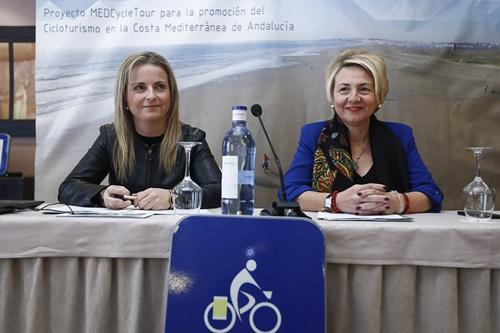 Diputación y Junta presentan la Ruta Cicloturista Eurovelo8 a su paso por Almería