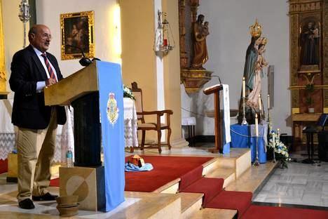 Rafael Ortega repasa la historia de la parroquia del Rosario en el segundo pregón en honor a la patrona
