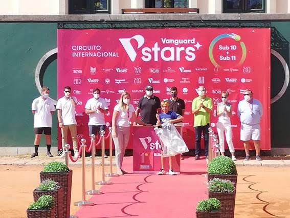 Los tenistas roqueteros Jordi Fernández y Darío Ruiz vuelven a brillar a nivel internacional en Lisboa