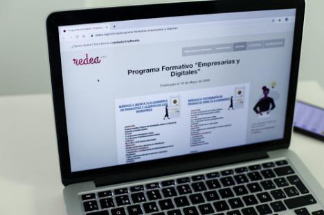Comienza el curso 'Empresarias y digitales' de Diputación con 111 inscritas