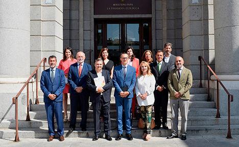 Cajamar asiste al encuentro del Clúster de Cambio Climático de Forética con la ministra Ribera