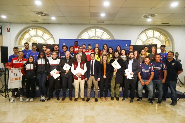 Diputación impulsa a seis clubes deportivos almerienses de alto nivel