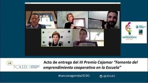 UECoE y Cajamar premian a tres cooperativas de enseñanza por su fomento del emprendimiento