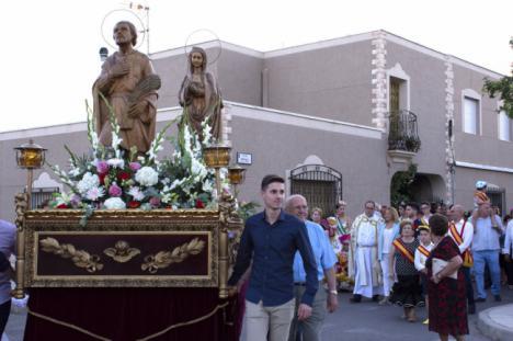 La procesión de San Isidro Labrador pone fin a las fiestas de Campohermoso