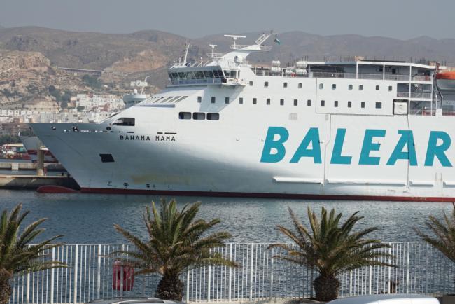 Baleària refuerza la línea Almería-Nador