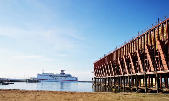 El Puerto de Almería inicia el año con un aumento del 2,5% en pasajeros