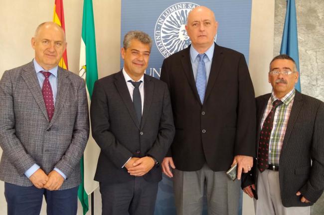 Convenio entre la UAL y la Universidad de Ciencias Médicas de Cienfuegos