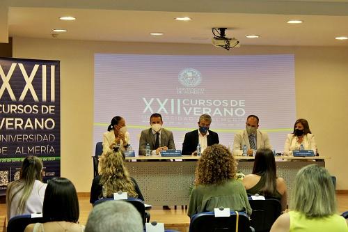 Los Cursos de Verano dan visibilidad a la trata de seres humanos menores de edad