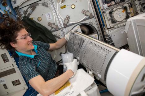 Un investigador de la UAL lidera un proyecto de la NASA para mejorar la salud humana