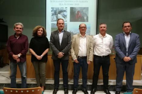 La UAL saca la ciencia y la tecnología fuera del campus con 'Actualidad científica en Almería'