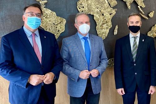 La UAL y la Junta de Andalucía se abren a internacionalizar el tejido investigador almeriense