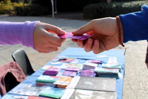 """La UAL desea un """"feliz y seguro"""" San Valentín en el Día Europeo de la Salud Sexual"""