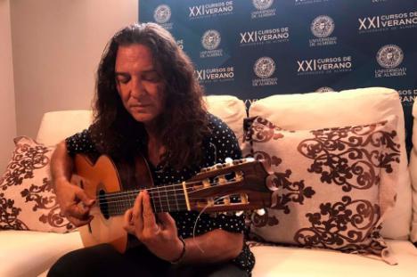 """Tomatito: """"Veo muy bien el futuro de la guitarra flamenca"""""""