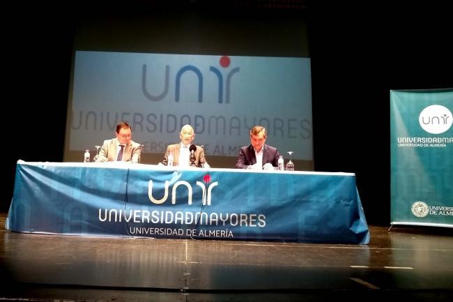 La Universidad de Mayores de la UAL cierra el curso exhibiendo su vitalidad cultural