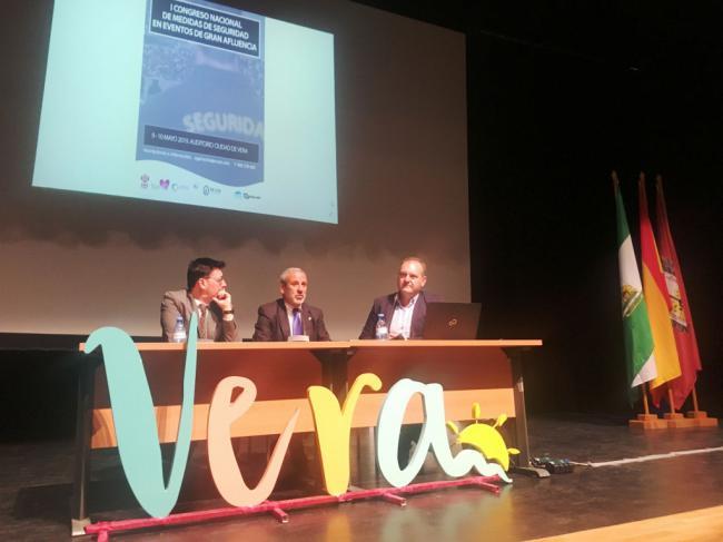 """Vera acoge el """"I Congreso Nacional de Medidas de Seguridad en Eventos de Gran Afluencia"""""""