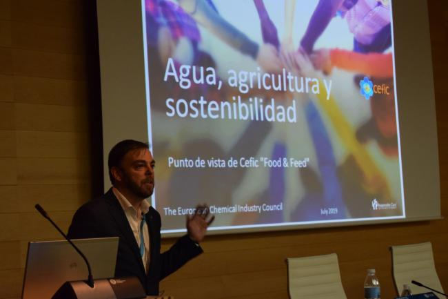 El curso de verano sobre agua y sostenibilidad genera mucho debate
